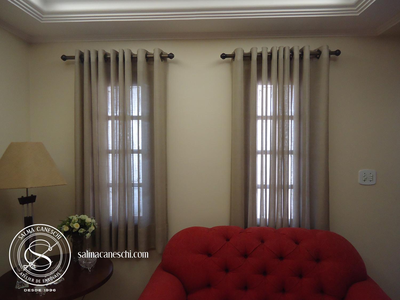 Cortina sala de estar atelier salma caneschi for Cortinas para sala de estar